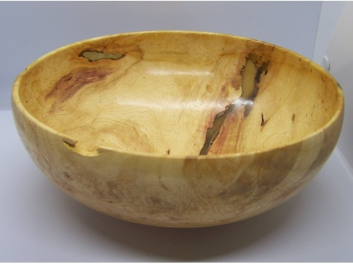 Bol en loupe d'érable giguère avec époxy et or